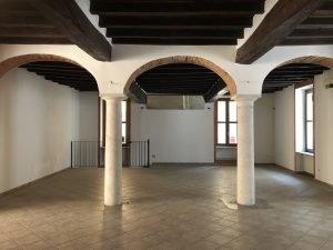 Vendo locale commerciale 156 mq con cantina, Cremona