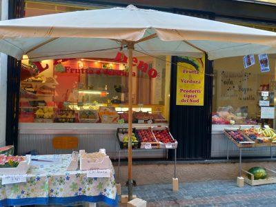 Attività alimentari - frutta e verdura con minimarket, Verrès, Valle d Aosta