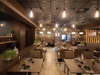 Vendesi due ristoranti, Castione Andevenno, Sondrio