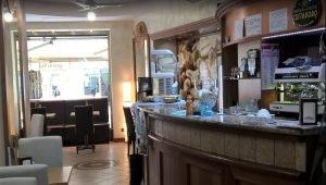 Vendesi bar con grande sala gioco, Cuorgnè, Torino